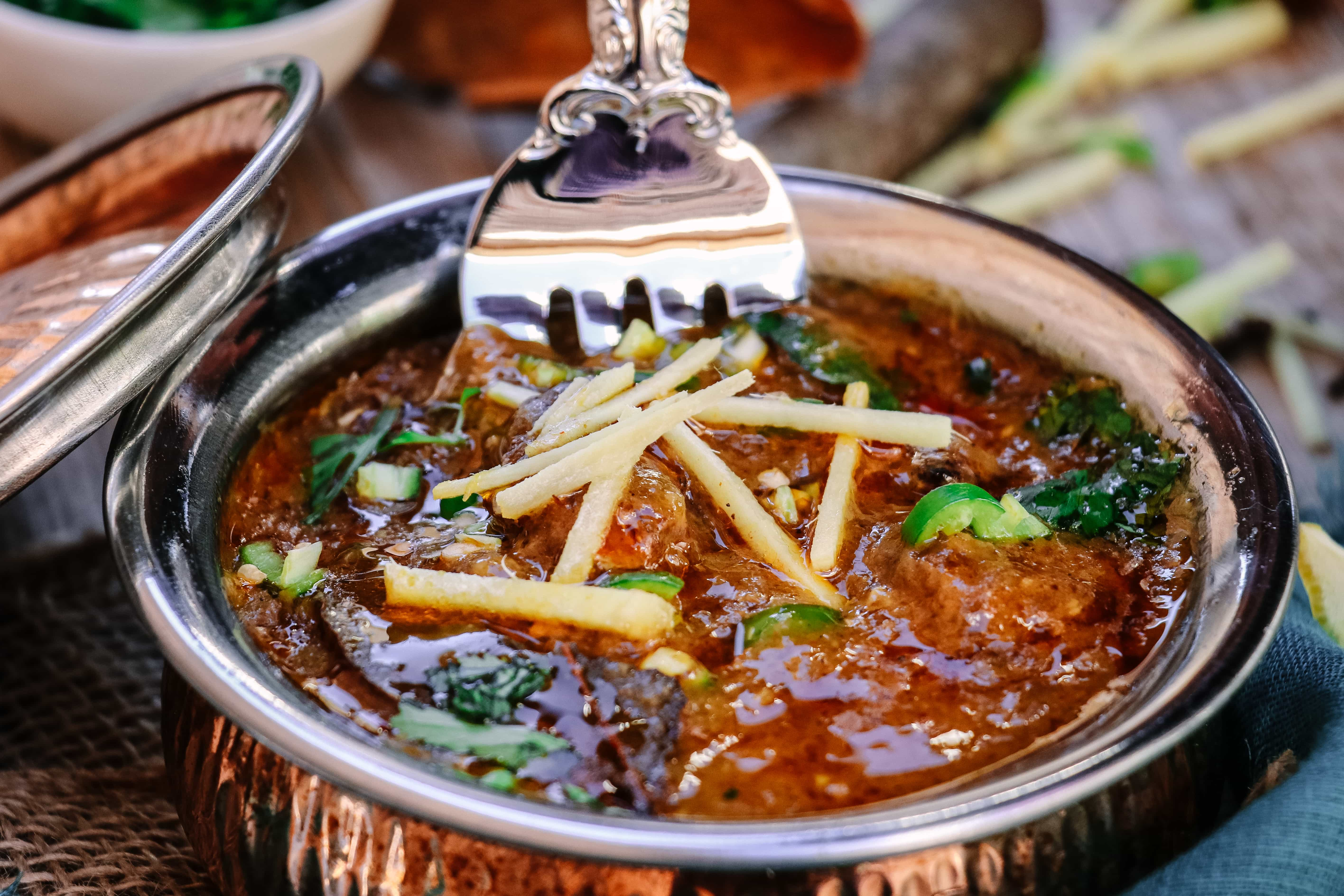 Easy Slow Cooker Nihari Pakistani Beef Stew Tea For Turmeric