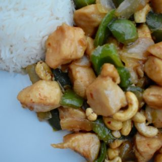 Quick and Easy Pakistani-Chinese Cashew Chicken