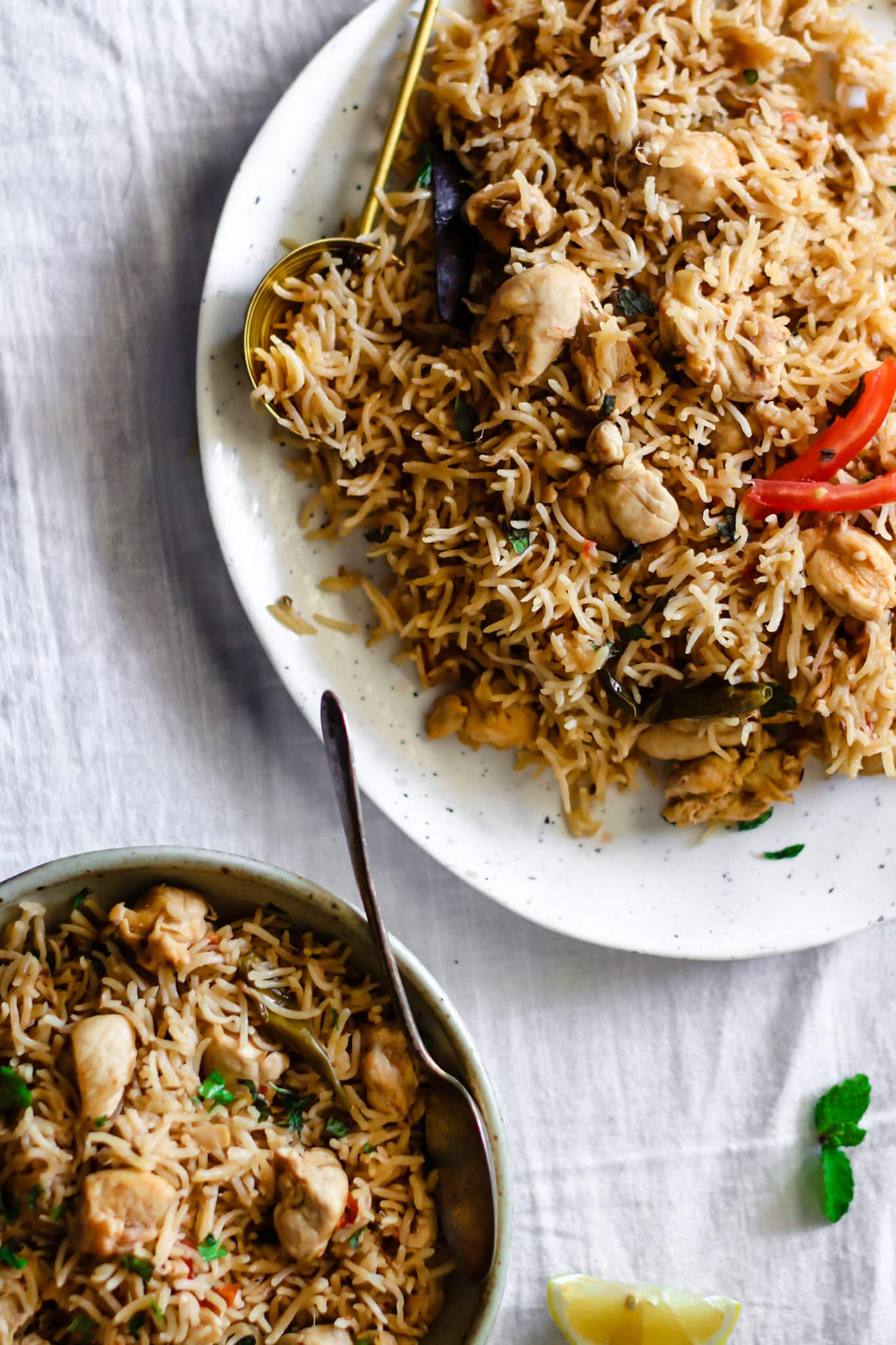 Chicken Pulao on a tray